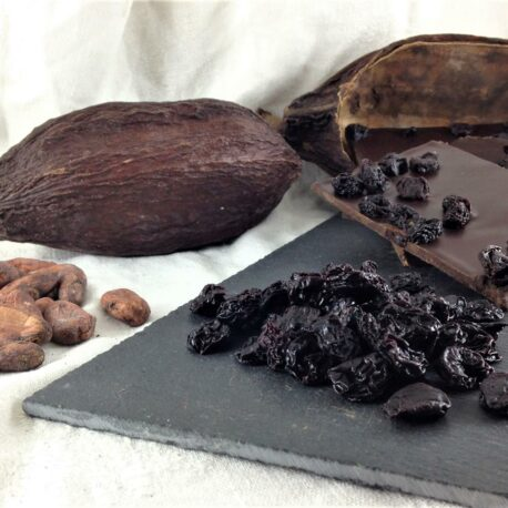Le chocolat bio 75% cacao en avec des griottes